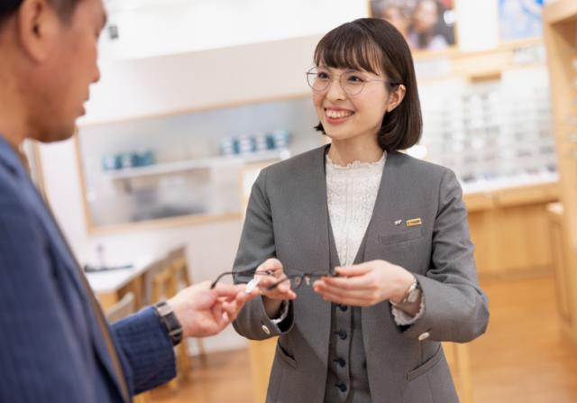 眼鏡市場 アクロスプラザ滝川店の画像・写真